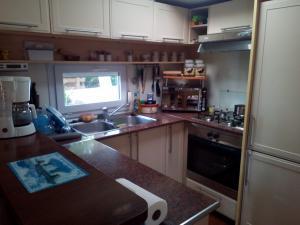 CP 41 cuisine location mobil home carabase vias